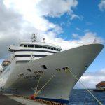 小樽港の客船